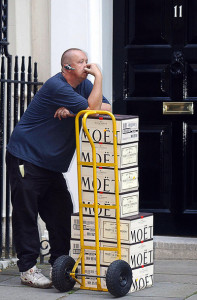 11_downing_street_receives_their_delivery_from_their_hedgefund_foodbank